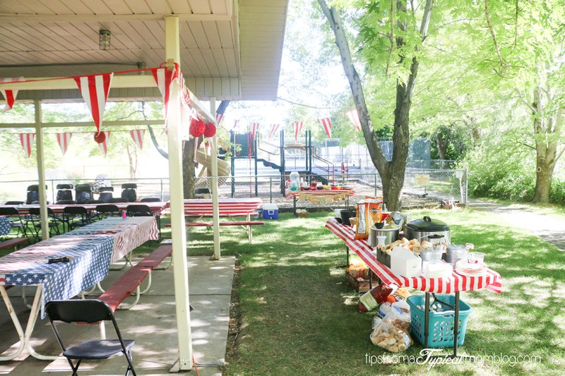 How to Host a Family Reunion with Lots of Kids - Tips from a Typical Backyard Ideas Family Reunion on backyard friends, backyard beach, backyard theater, backyard sweet 16, backyard workshop, backyard retreat,