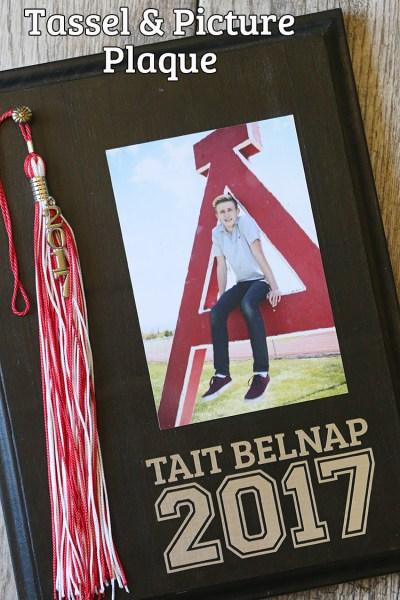 DIY Graduation Tassel & Senior Picture Display Plaque Gift Idea