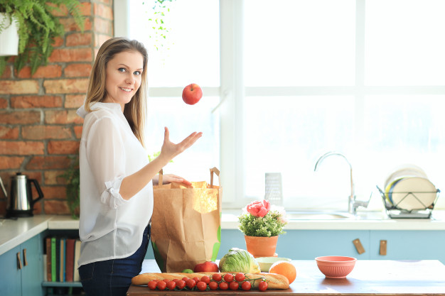 10 Simple Tips to Lose Weight Fast at Home