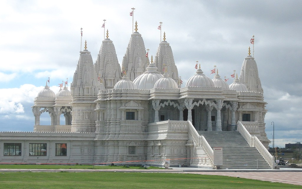 10 Religious Hindu Temples in Canada That You Can Visit