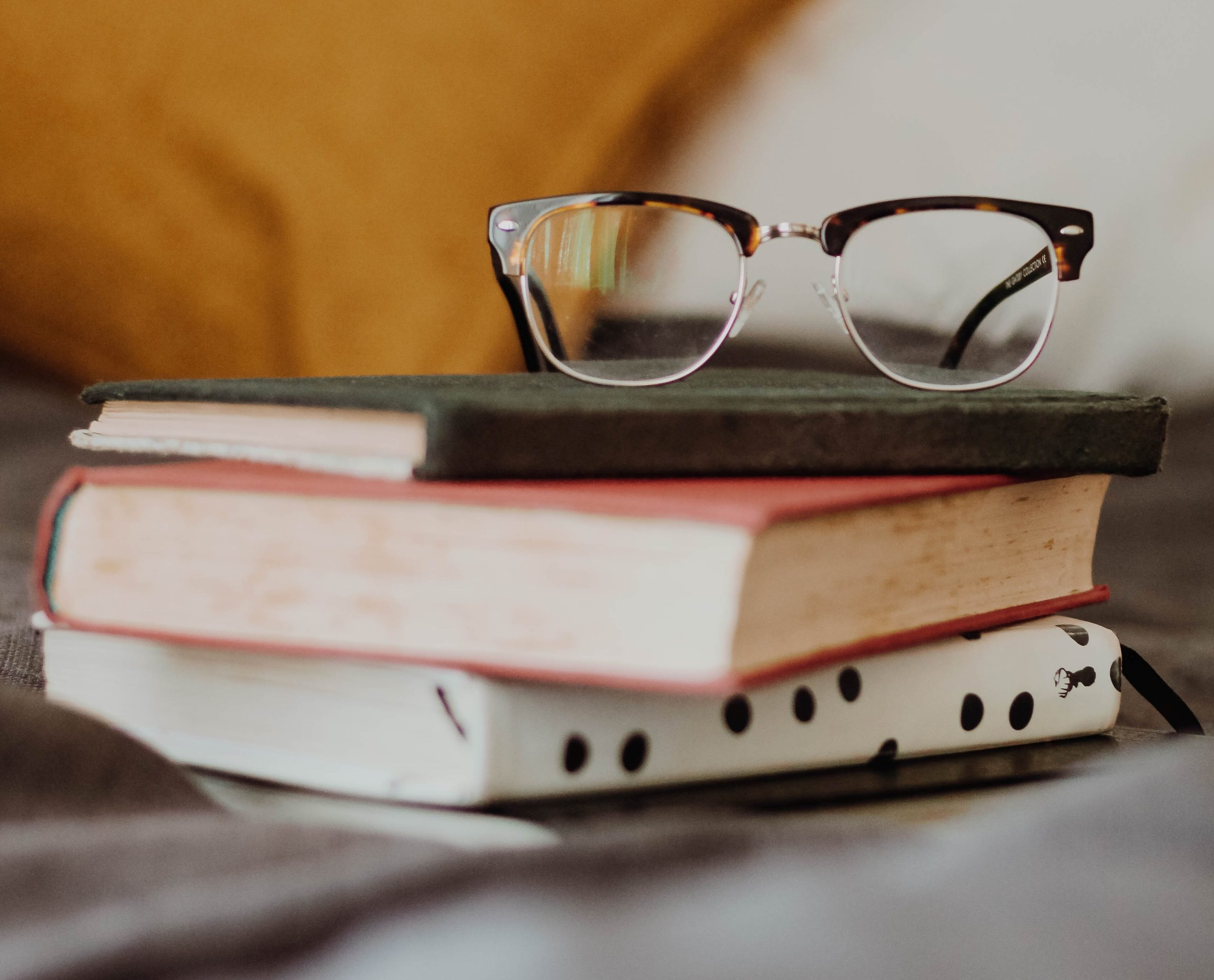 5 of the Best Investing Books for Younger Peoples