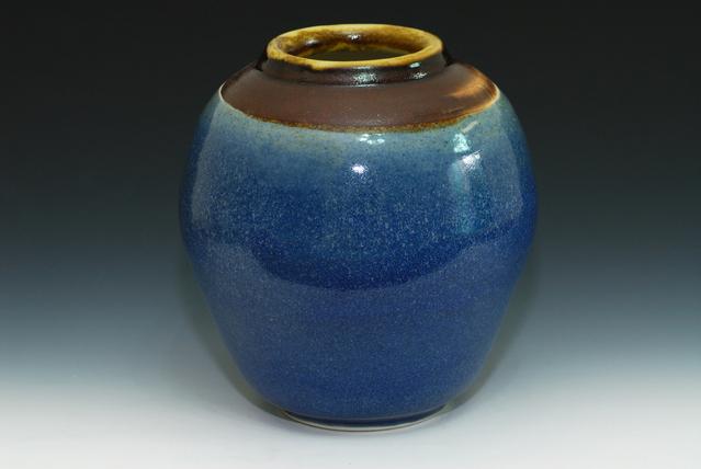 Ilustrasi Keramik   Img:freeimages.com