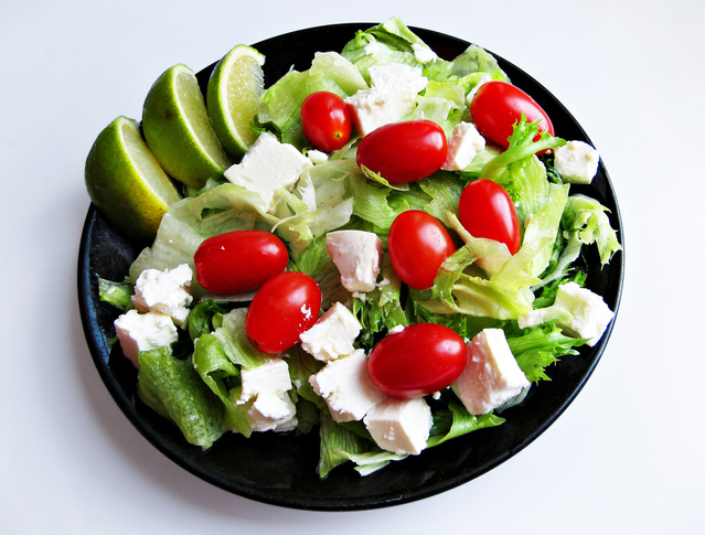 Ilustrasi Salad | Img:freeimages.com