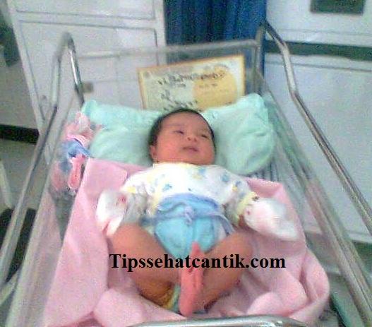 Daftar Alamat Jadwal Praktek Dokter Spesialis Anak di Malang lengkap dengan telepon, Rumah sakit Bersalin Malang, RSIA Rumah sakit Ibu dan anak di Malang.