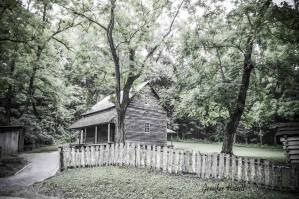 "Jennifer Hutsell cades cove cabin ""Tipton Place"""