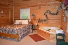 honeymoon cabin for couples getaway