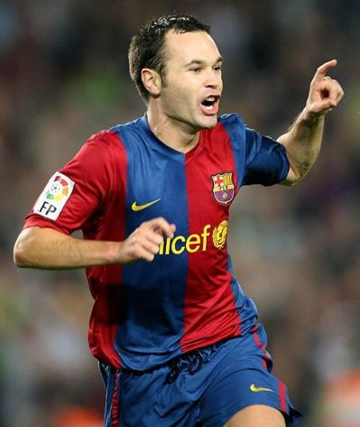 andres iniesta Top 10 Best Soccer Players In The World