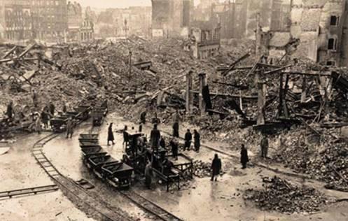 4.  Pemboman Hamburg Top 10 Serangan Bom Paling Fatal di Dunia