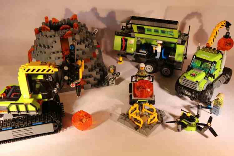 Lego City Volcano Expedition base 60124