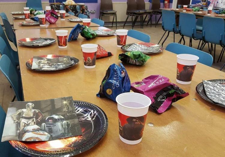 star wars party tableware