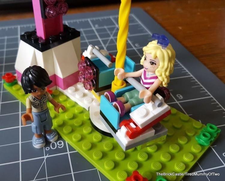 lego-amusement-park-drop-ride-at-start