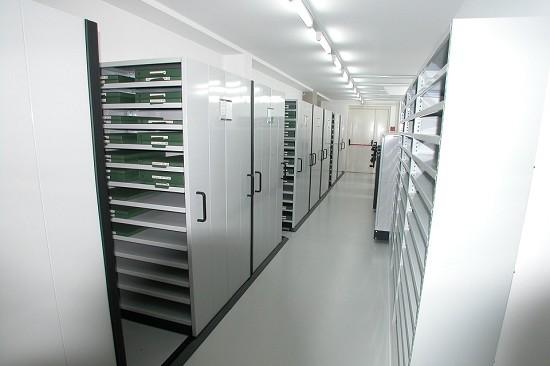 Tirrenia srl conservazione sottovuoto spazio scaffalature