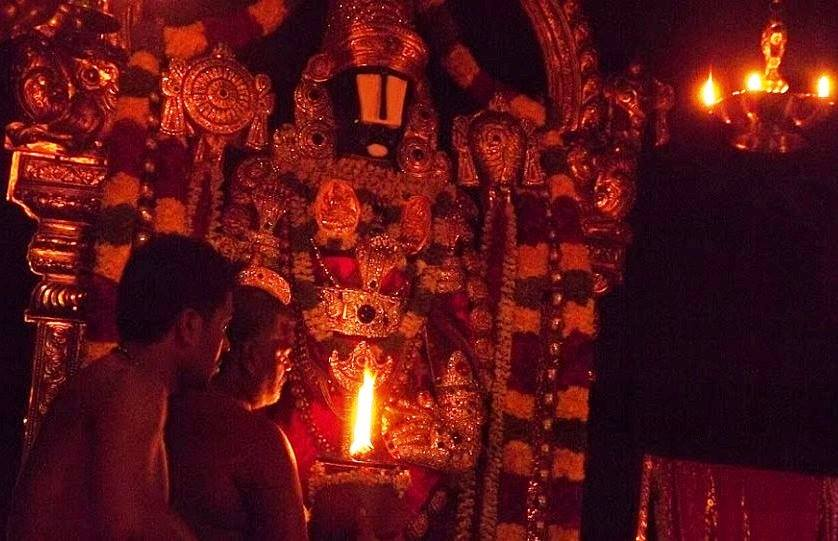 When This Shockingly Amazing Miracle Occurred Inside The Tirumala Temple