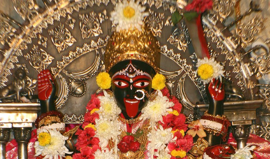 Baffling Story Of The Only Kali Temple Where Mother Goddess Is Alive In Her Real Form