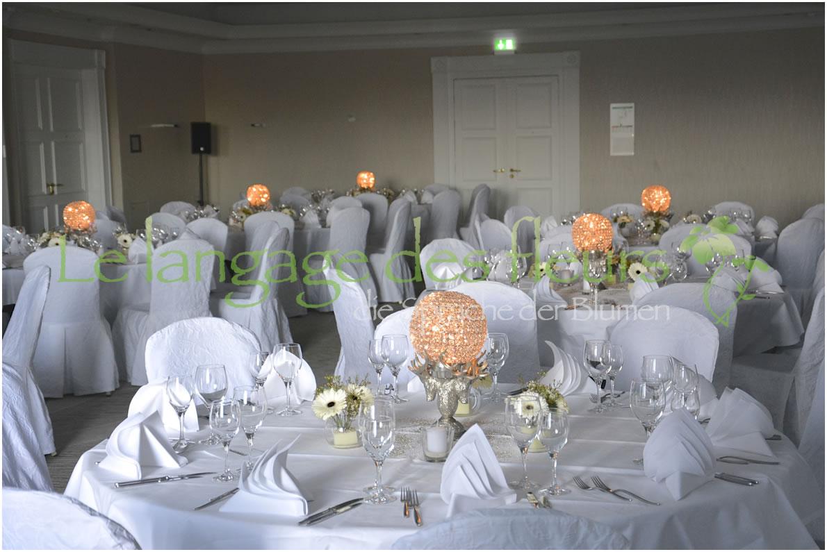 Tischdeko Hochzeit Silber