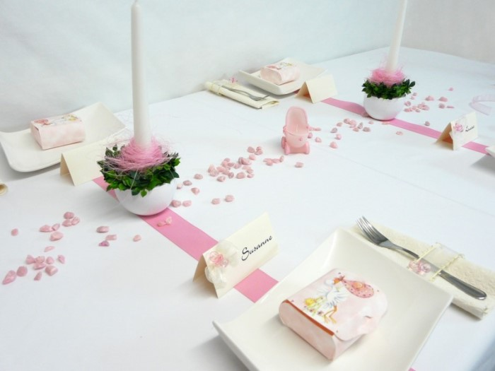 Mustertische fr Taufe in Rosa  Ideen von Tischdekoonline