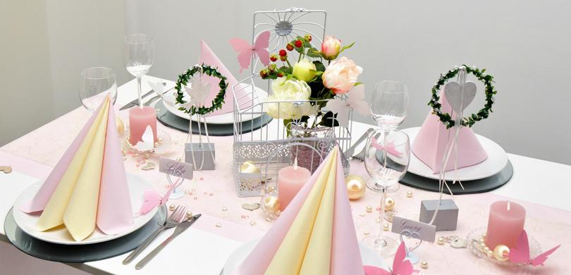 Tischdekoration zur Vintage Hochzeit in rosa mit Vogelkfig