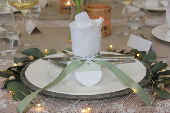 Tischdekoration zur Kommunion mit Sendmoments