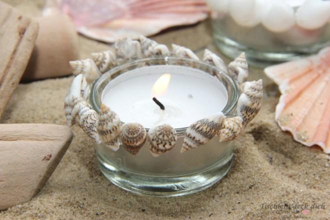 Kerzdendeko für den sommerlich gedeckten Tisch