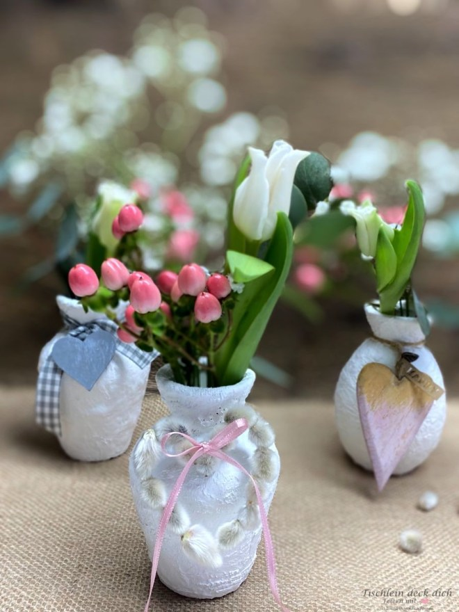 Basteln mit Gips, frühlingshafte Blumendeko