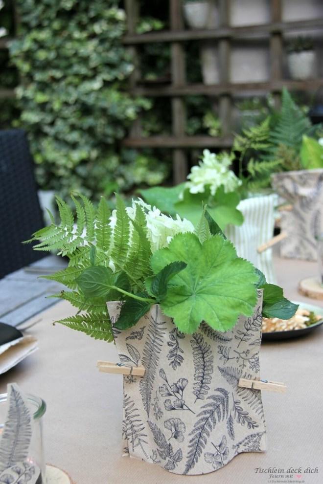 Tischdekoration mit Papierservietten, einfach und schnell gemacht