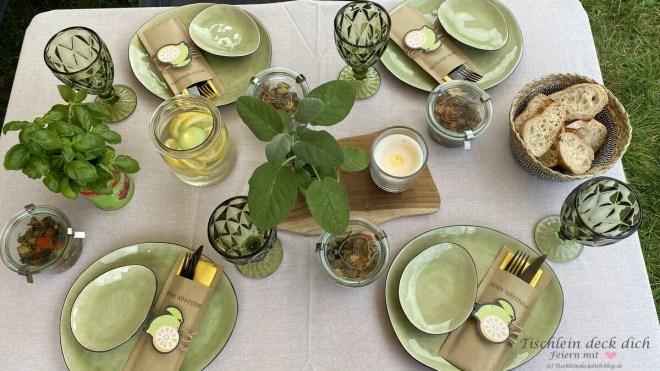 italienischer Abend - Tischdekoration am Wohnmobil