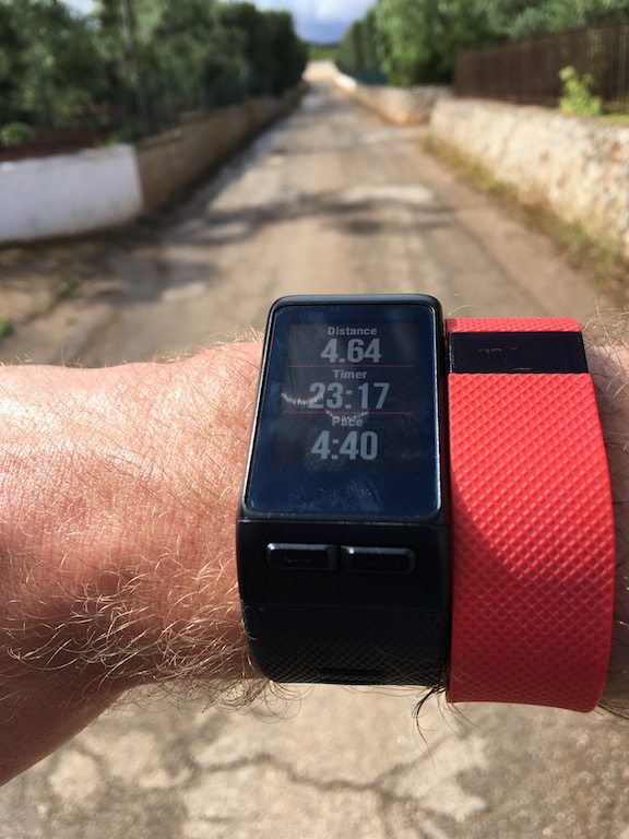 TitaniumGeek IMG_0620 Garmin Vivoactive HR Review - Is the complete revamp a success? VivoActive swimming sleep tracking running resting HR Optical Heart Rate garmin cycling