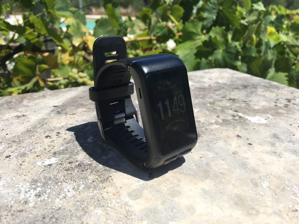 TitaniumGeek IMG_0729-1024x768 Garmin Vivoactive HR Review - Is the complete revamp a success? VivoActive swimming sleep tracking running resting HR Optical Heart Rate garmin cycling