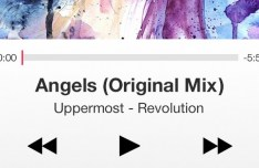 Clean Music Player Interface For iOS 7 PSD