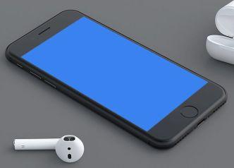 Blank Jet Black iPhone 7 PSD Mockup