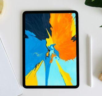 11 iPad 11 Pro Mockups PSD