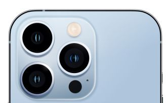 iPhone 13 Pro Max Illustration Figma