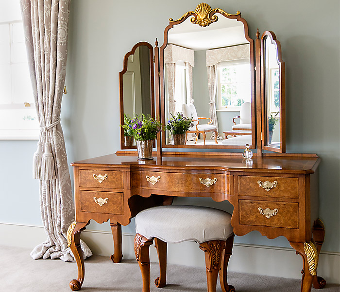 Bespoke Dressing Tables  Titchmarsh  Goodwin