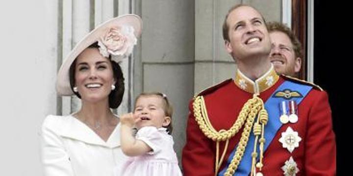 Charlotte D'Inghilterra prima volta sul balcone di Buckingham Palace