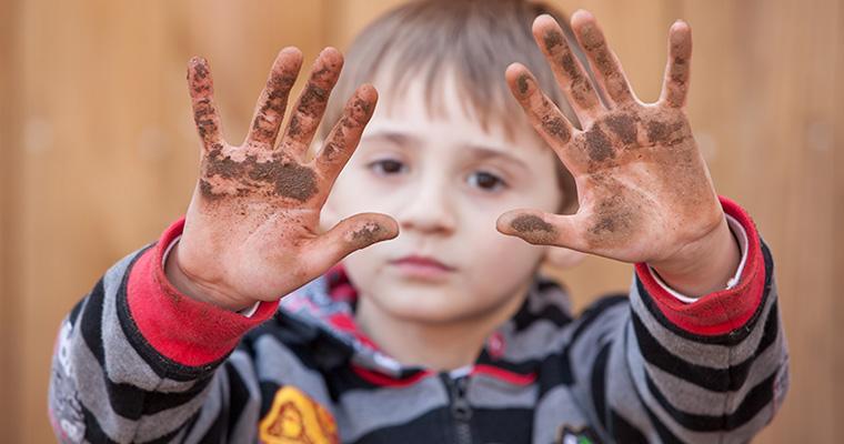 Ipotesi Igienica, troppa pulizia favorisce l'insorgere di malattie