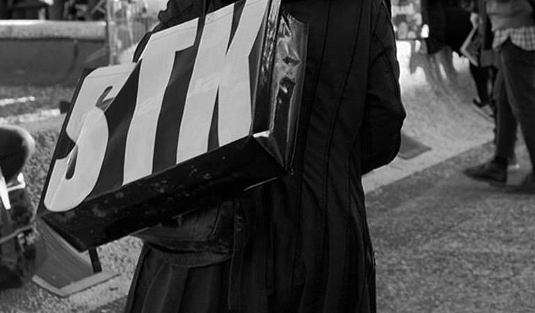 Pitti Uomo 91, SuperTokio sceglie le Donatella come testimonial rock