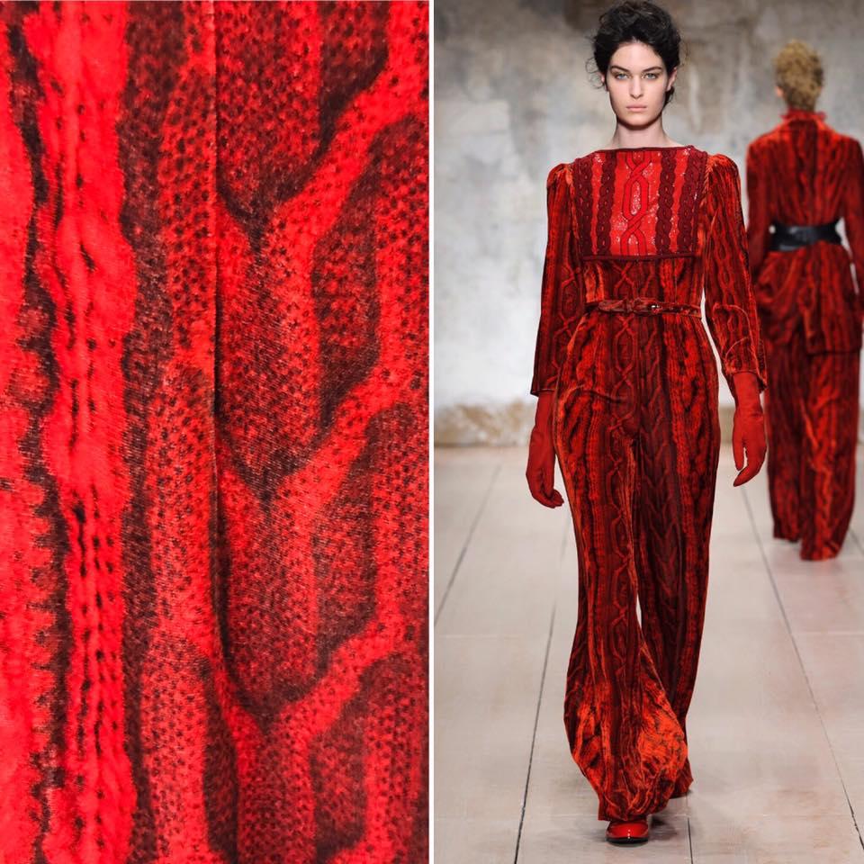 Milano Moda Donna: per Laura Biagiotti l'A/I 2017 è fra angeli e diavoli