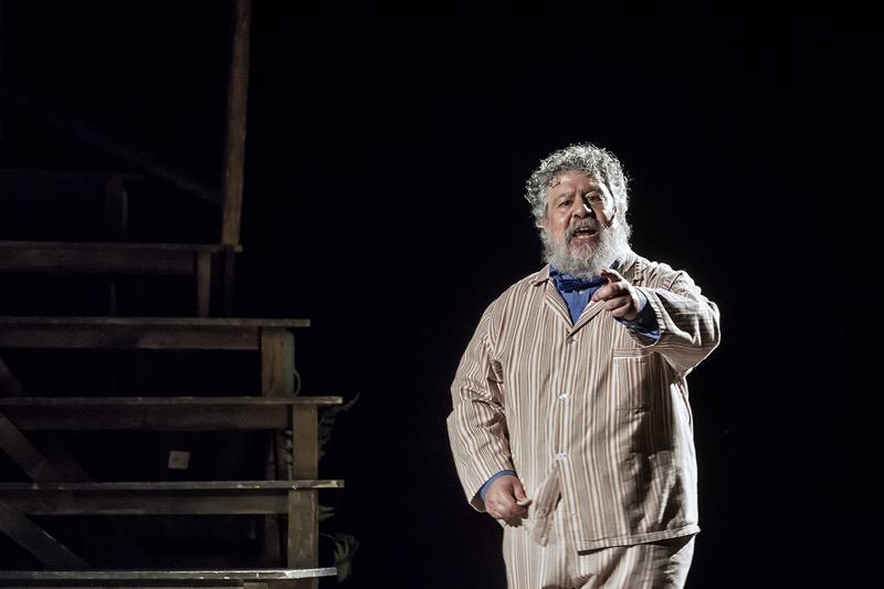 """""""Parenti Serpenti"""", con Lello Arena al teatro Augusteo di Napoli: i parenti che nessuno vorrebbe avere"""