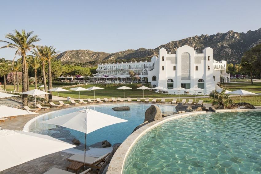 Alla scoperta della Sardegna: Capo Boi con resort, relax e benessere