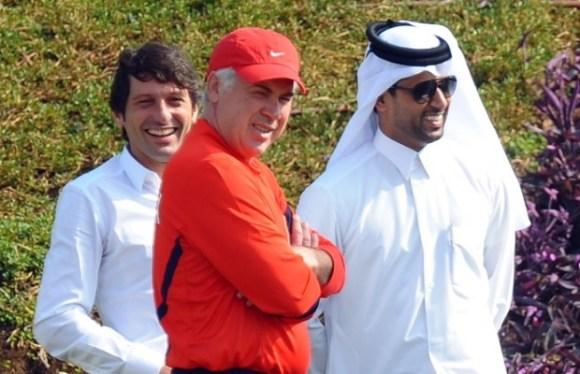 Leonardo, Carlo Ancelotti et Nasser Al-Kheleifi (PSG)