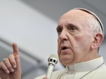 Le pape François a appelé croyants et non croyants à une journée de jeûne et de prières pour la paix en Syrie. REUTERS/Luca Zennaro/Pool