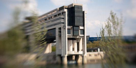 Le ministère de l'économie et des finances, dans le quartier de Bercy, à Paris. | LOIC VENANCE/AFP