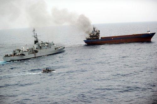 La marine française intercepte 20 tonnes de cannabis