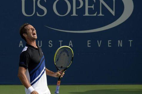 Richard Gasquet lors de son match face au Russe Dmitry Tursunov, lors du tournoi sur dur de l'US Open, le 31 août 2013 à New York. (Photo Timothy Clary. AFP)