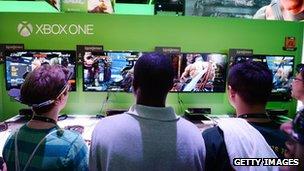 Présentation de la Xbox One en juillet.