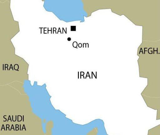 Carte de localisation de Téhéran et Qom en Iran où une collision entre deux bus sur la route entre les deux sites a tué 44 personnes et blessé 39 autres, selon l'agence de presse ISNA.