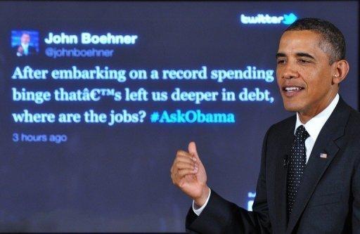 Le président américain Barack Obama répond à une question du président de la Chambre John Boehner lors d'une