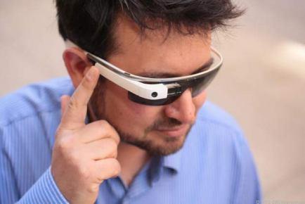 Google Glass : nouvelle version disponible, adaptée aux lunettes de vue