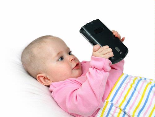 Smartphone et tablette dès l'âge du biberon