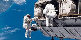 deuxième sortie dans l'espace pour travaux